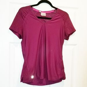 ATHLETA fitted cranberry tee size large